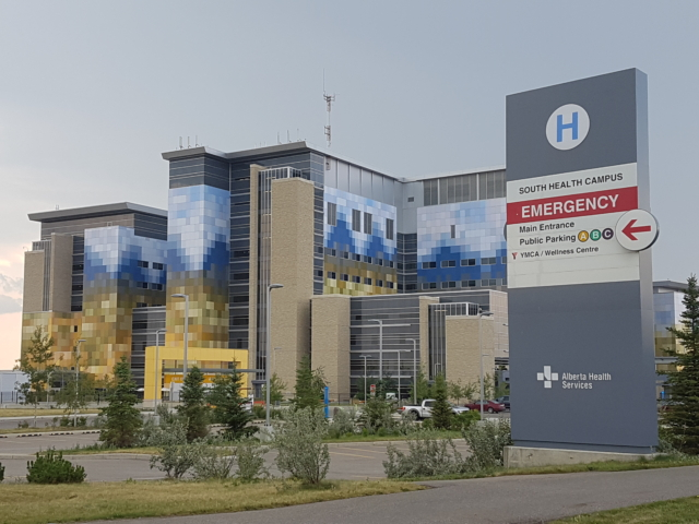 South Health Campus, Calibre Coatings Calgary, 2013
